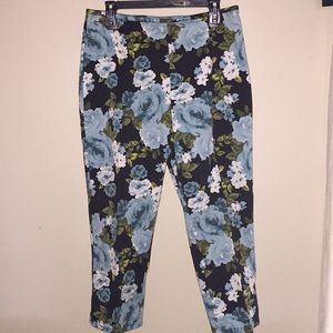 Beautiful Floral Cropped Pants by St. John's Bay
